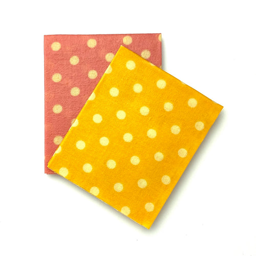 POLKA DOTS, 2x MEDIUMS - Bee Our Guest