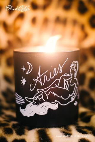Sexy Single Zodiac Body Oil Candles - Black/Floral Scent - Medium