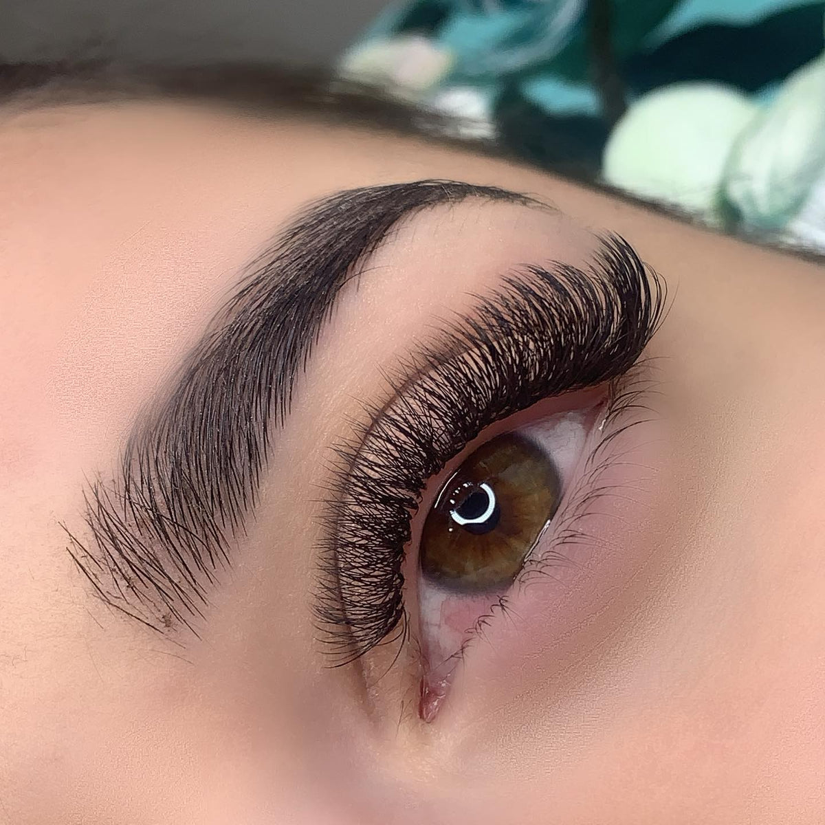 volume eyelash extensions classic townsville lashes townsville city