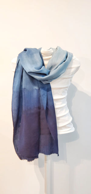 Merino wool shawls in blue (limited edition)