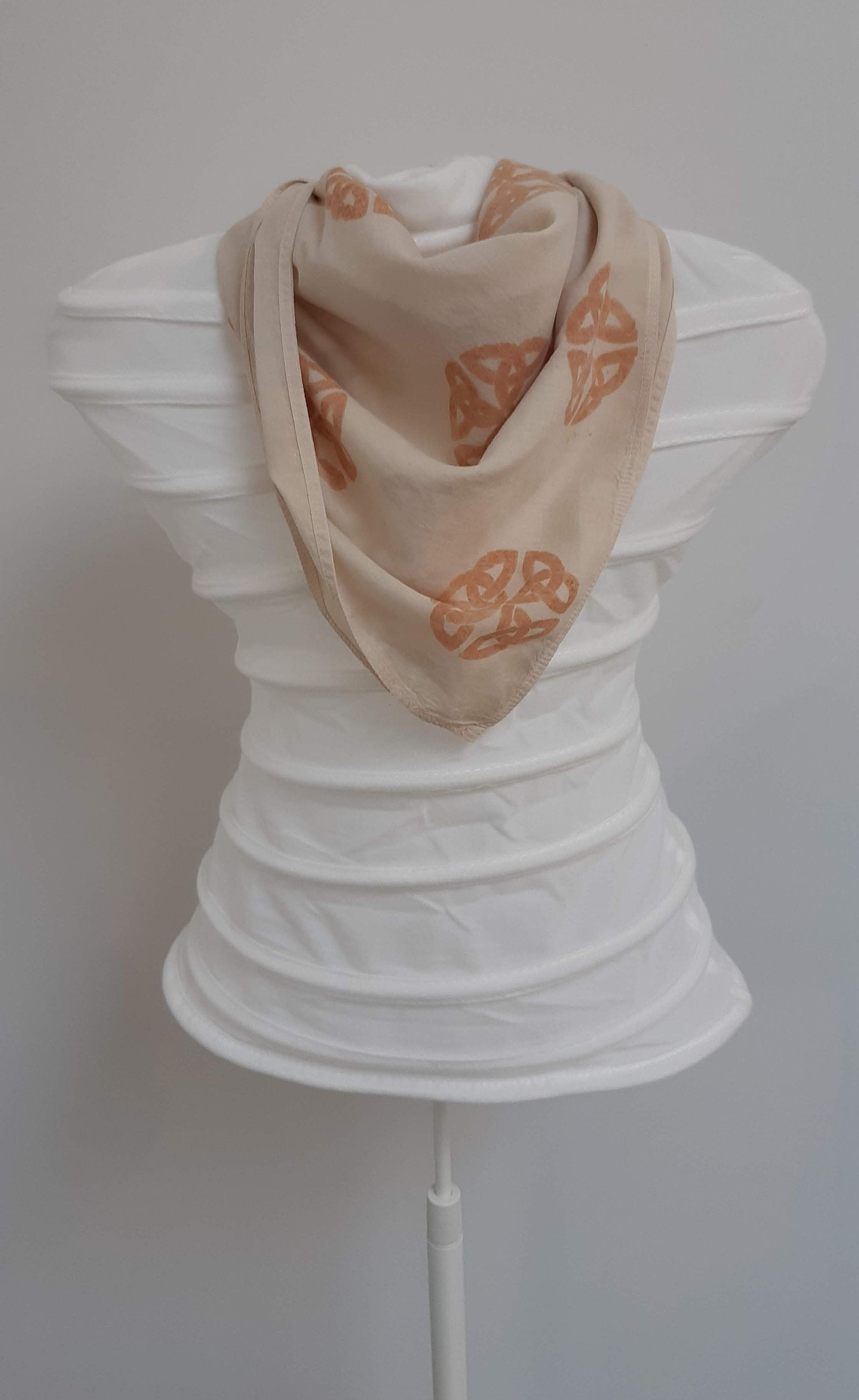 Celtic knot- Organic cotton scarf