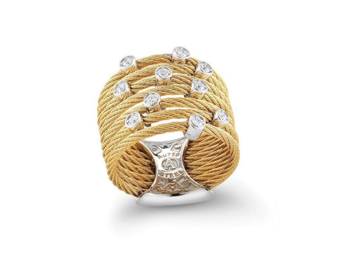 Classique Yellow Diamond Ring