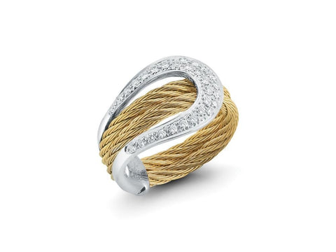 Classique Wide Ring with Diamonds