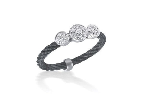 Noir Triple Round Station Ring