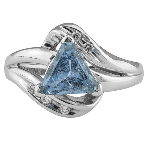 Triangular Aquamarine Diamond Ring