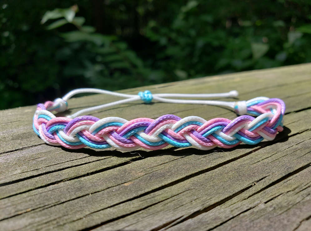 braided-string-bracelet-cotton-candy