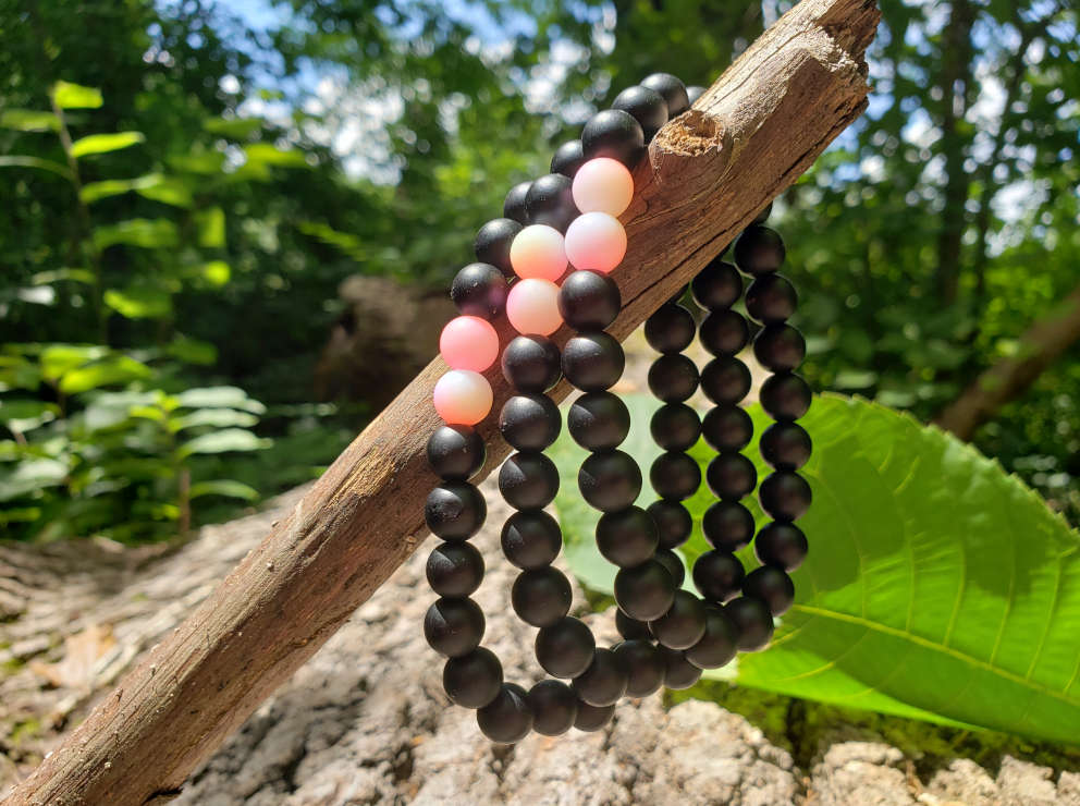 friendship-bead-bracelet-peach
