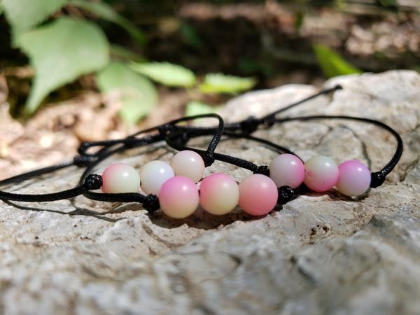 friendship-bead-bracelet-peach-string-band