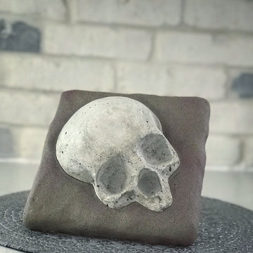 Skull On A Rock Mold