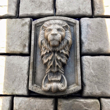 Lion Vertical Mold ABS