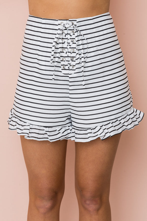 YACHT HOPPIN' SHORTS - White/Black Stripes - Dolly Girl Fashion