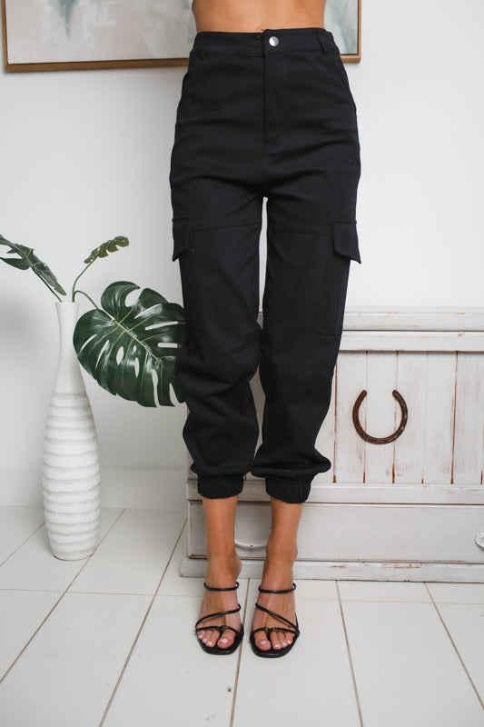 AMBERLY HIGH WAISTED CARGO PANTS - Black