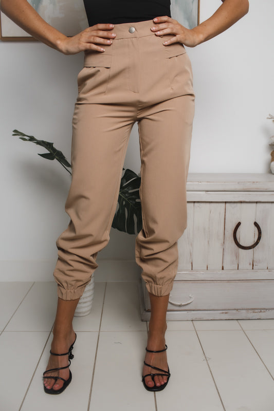 LONNIE HIGH WAISTED CARGO PANTS - Dark Beige