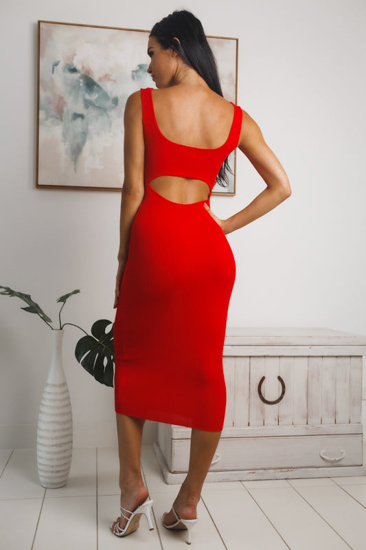 CATALIE BACK CUT-OUT MIDI DRESS - Red