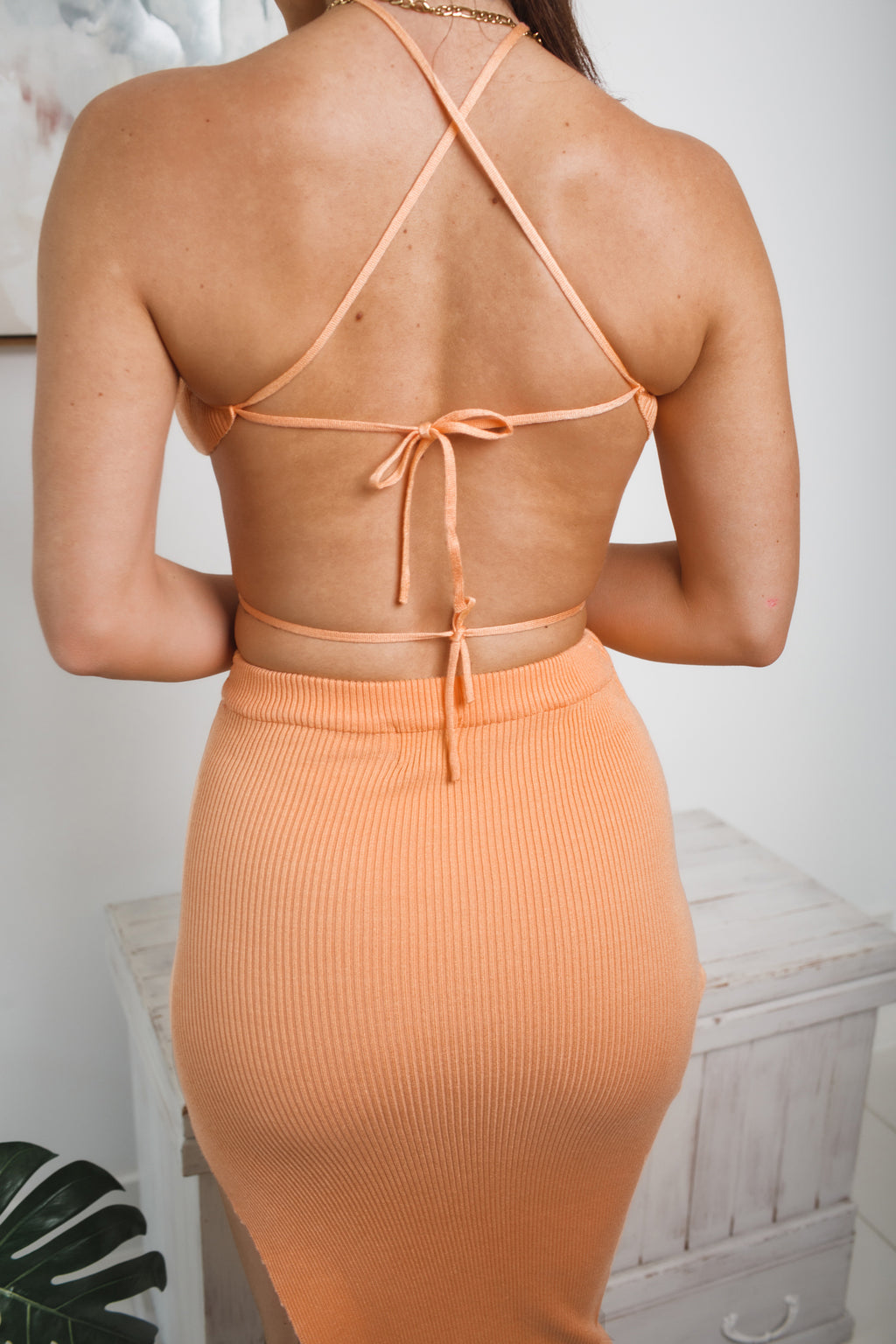 JULIEN HALTER NECK KNIT CROP TOP - Apricot