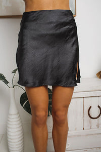 DARE DREAM MINI SKIRT - Black Satin