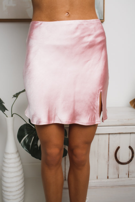DARE DREAM MINI SKIRT - Pink Satin
