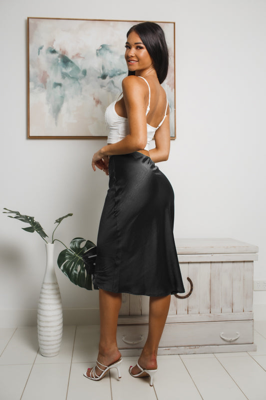 KARAN MIDI SKIRT - Black Satin
