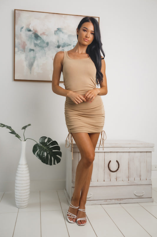 ON LOOP SLEEVELESS MINI DRESS - Beige