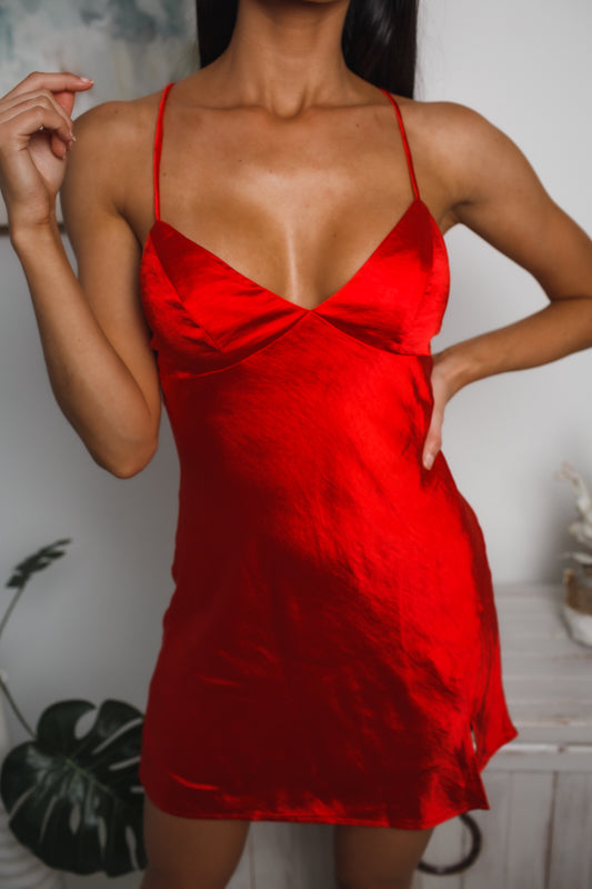 AMELIA MINI SLIP DRESS - Red Satin