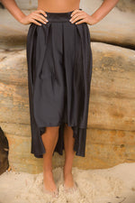 Silky Shine Skirt - Black