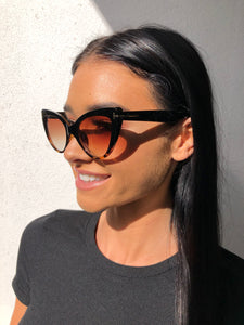 KATTI SUNGLASSES - Brown/Black