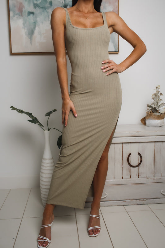 EVA RIBBED MAXI DRESS - Khaki