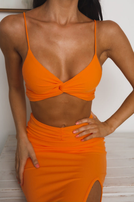 PRISCILLA TWISTED KNOT CROP TOP - Orange