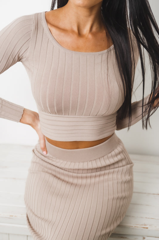 ARIANA LONG SLEEVE CROP TOP - Dark Beige