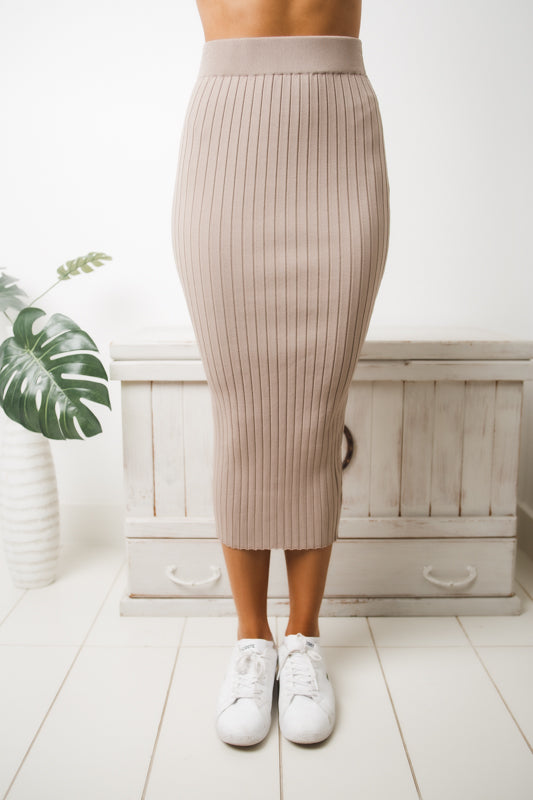 ARIANA RIBBED MIDI SKIRT - Dark Beige