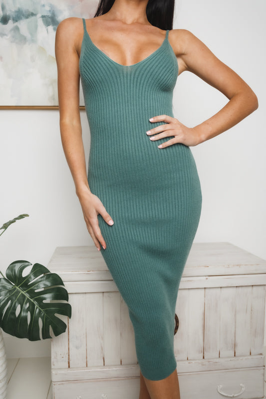 LARISSE MIDI KNIT DRESS - Green