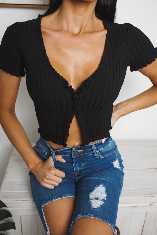 KARLI KNIT CROP TOP - Black