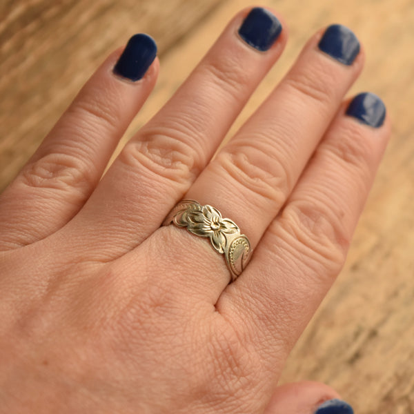 Vintage Hawaiian Band Ring Sterling Silver Size 8