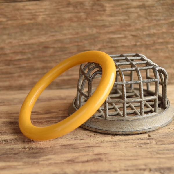 Yellow Marbled Tube Bakelite Bangle