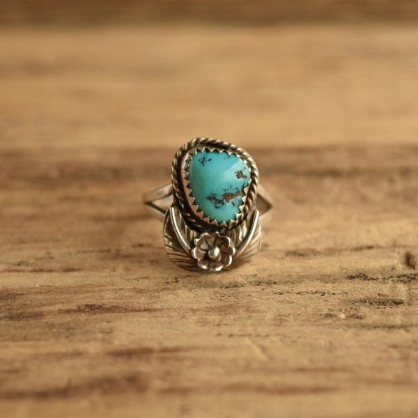 Vintage Turquoise Flower Ring Native American