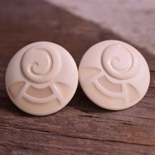 Round Beachy Clip On Earrings