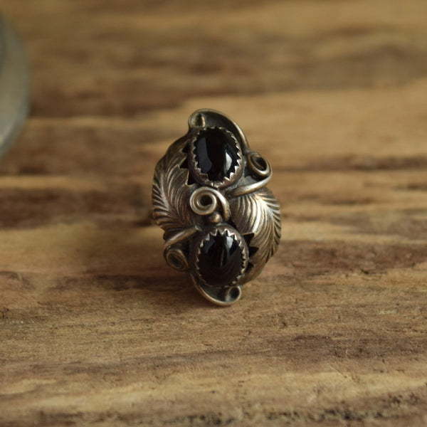 Size 6 Black Stone Native American Ring