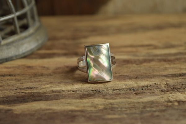Rectangle Shell Ring Size 8