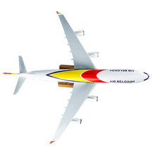 Load image into Gallery viewer, Aircraft model AIRBUS A340-300 (scale 1:100)