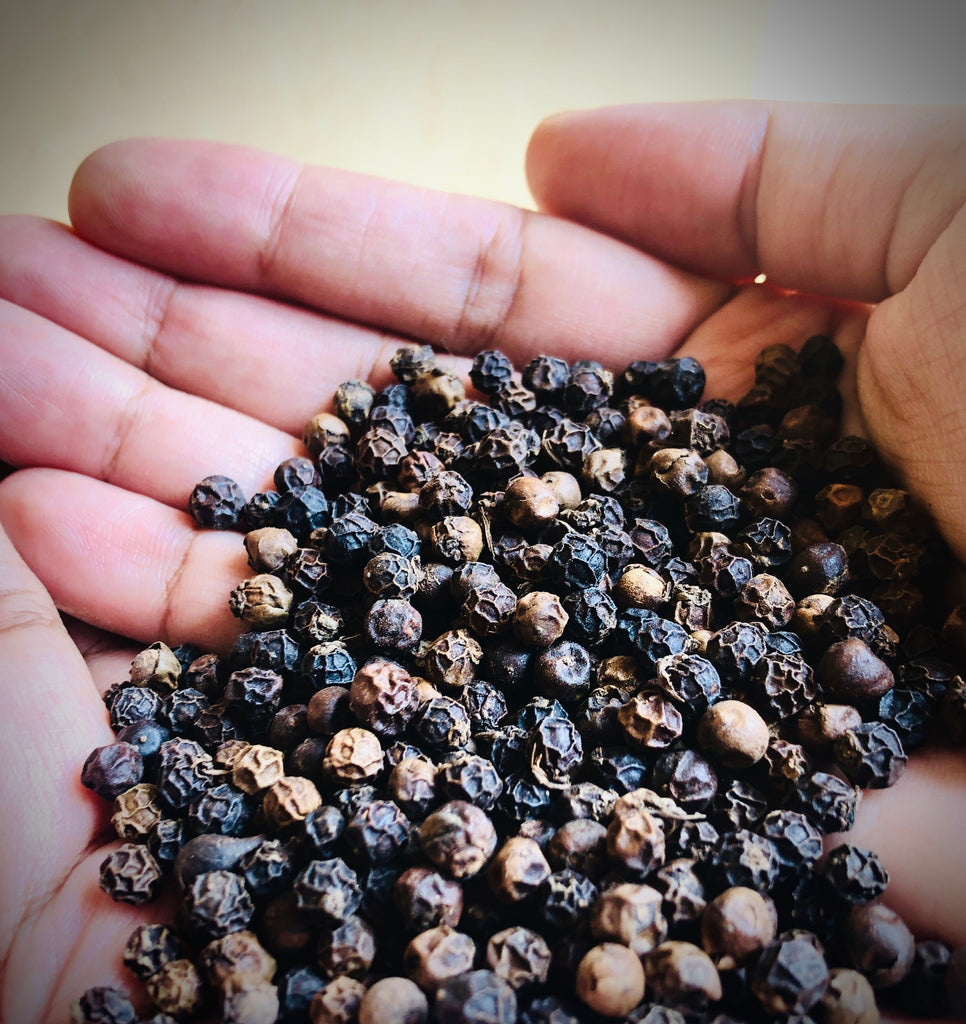 black peppercorns, whole black pepper, spices, Piperaceae, black pepper, peppercorn, black pepper spices, Elthecook buy online, shipping worldwide