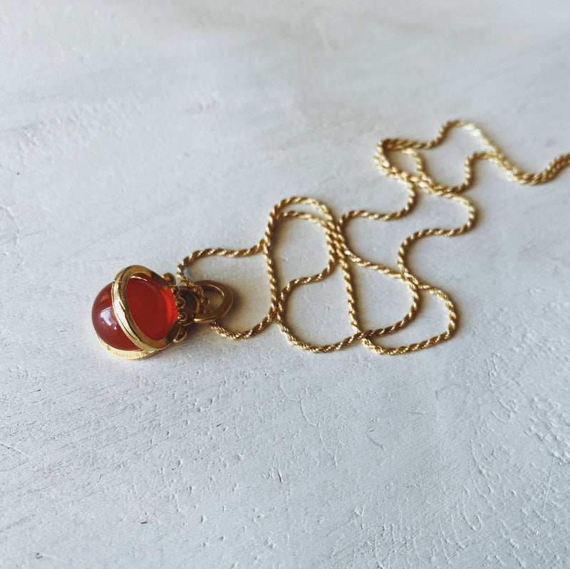 Collar Mini Halo L Gold Jade Rojo