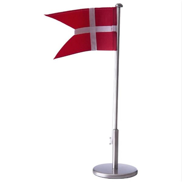 Flagstang med navn og data, fortinnet