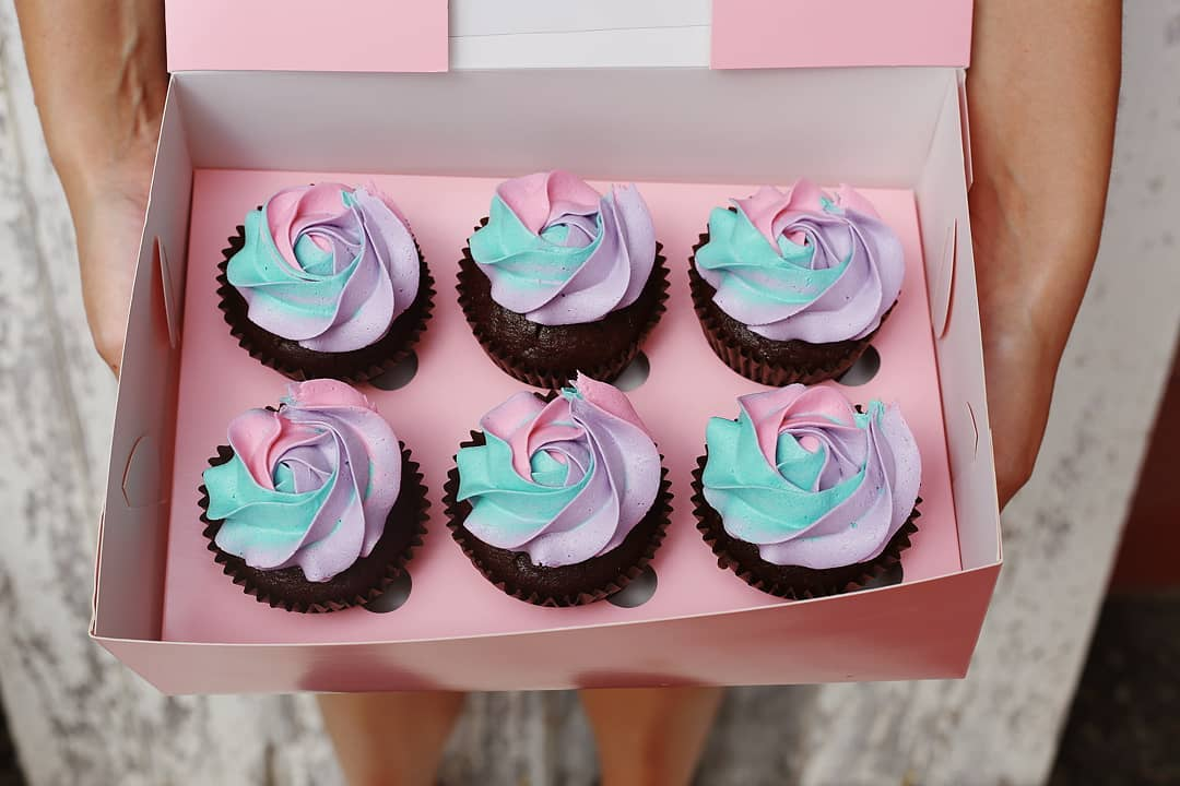 Custom Coloured Cupcakes in a Rose Swirl (1 days notice required)