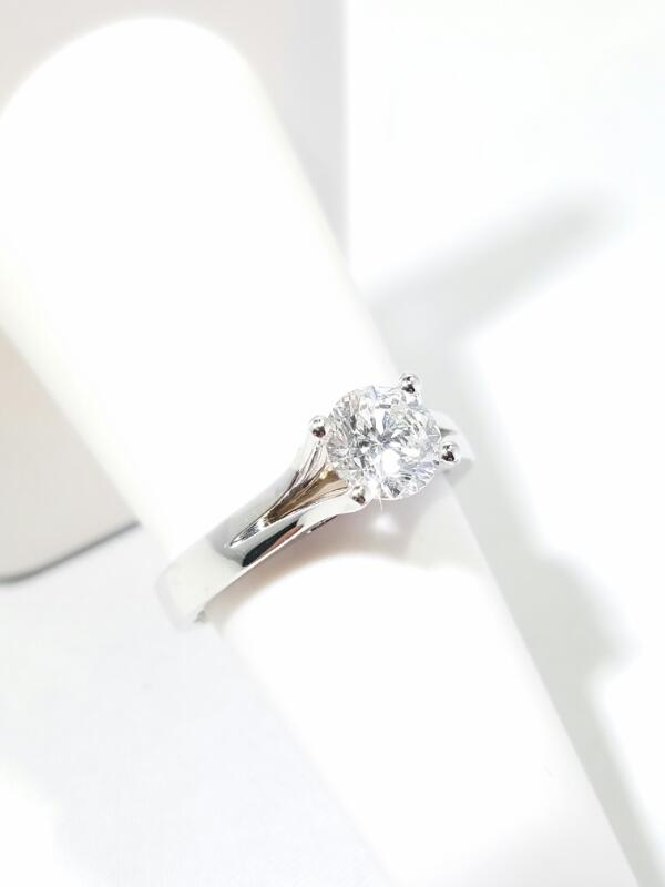 Lady's Diamond Solitaire Ring 1.10 CT. 14K White Gold 4.8g