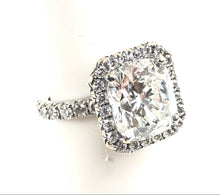 Load image into Gallery viewer, Ladies Diamond Engagement Ring