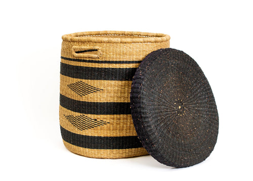 Black Patterned Grass Hamper 02