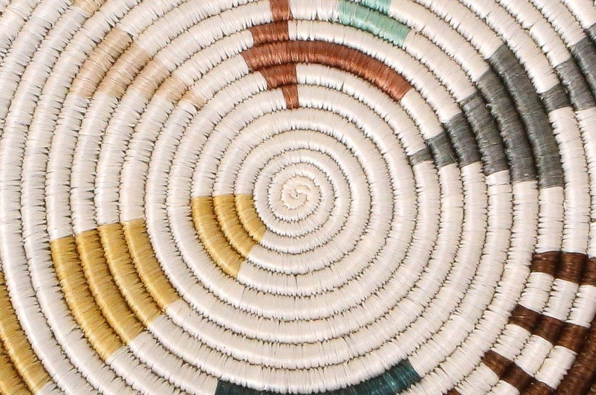 Shades of Sand Mtoto Trivet