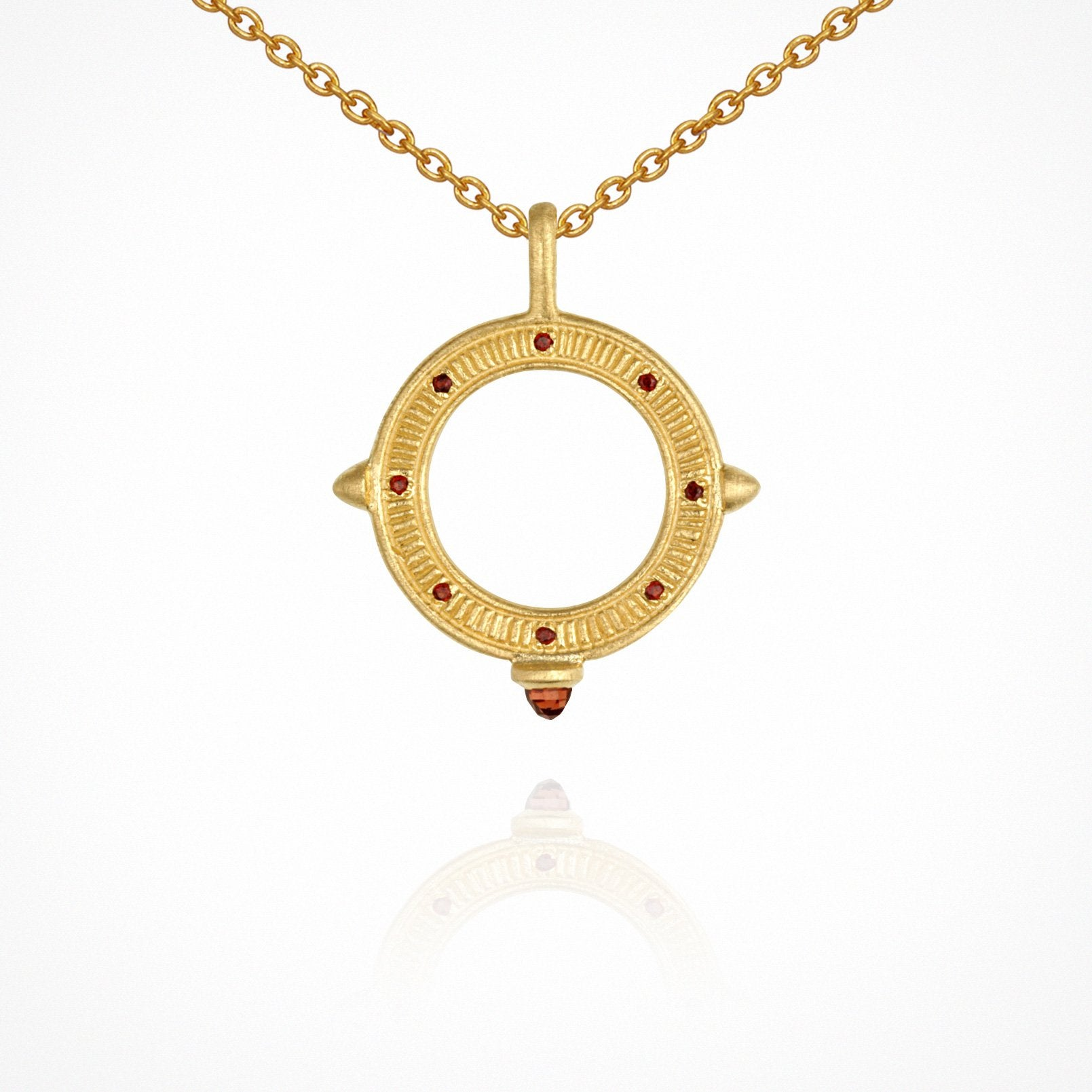 Solice Necklace - Gold with Garnet