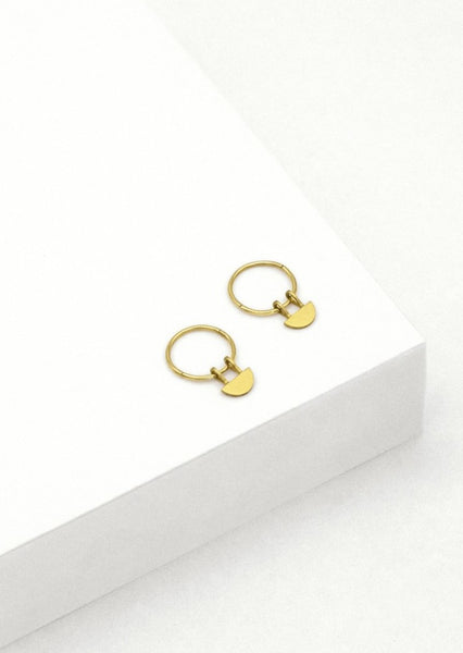 Linda Tahija - Yolly Sleeper Hoop Earrings - Gold Plated