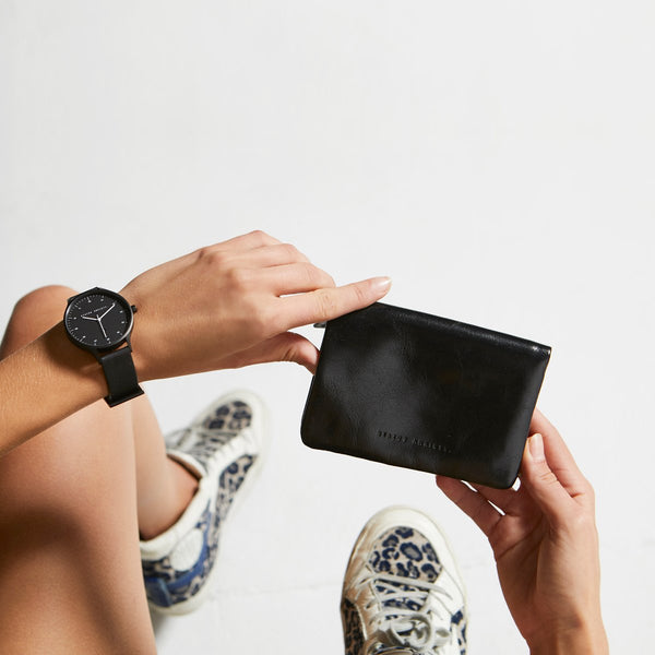 Is Now Better Wallet - Black